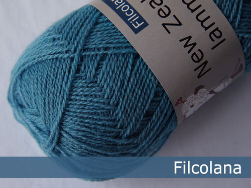 SAGA // New Zealand lammeuld #231 Delphinium Blue